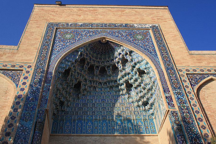 Deze afbeelding heeft een leeg alt-atribuut; de bestandsnaam is gur-emir-mausoleum2.jpg