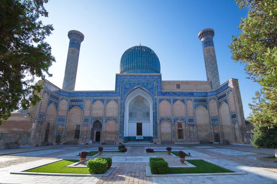 Deze afbeelding heeft een leeg alt-atribuut; de bestandsnaam is gur-emir-mausoleum3.jpg